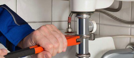 Faire appel à un artisan plombier