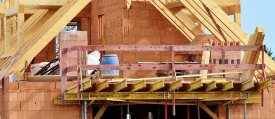 maison en construction suite à un appel d'offre privé