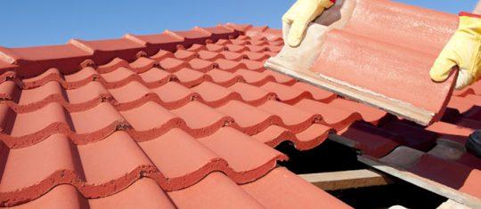 La mise en place de la couverture toiture